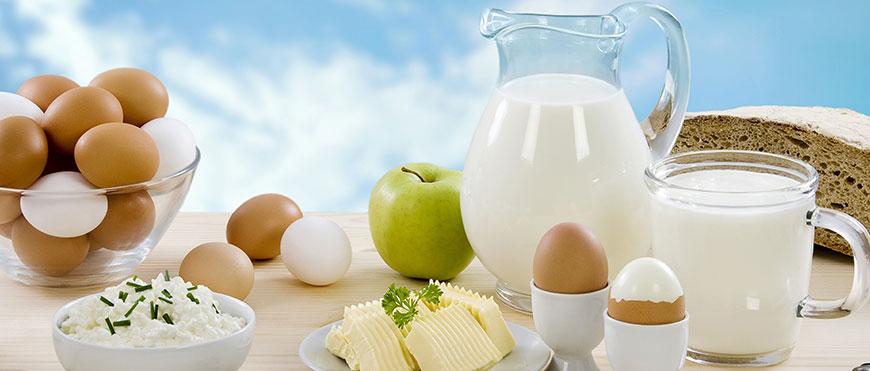 Молоко сыры яйца