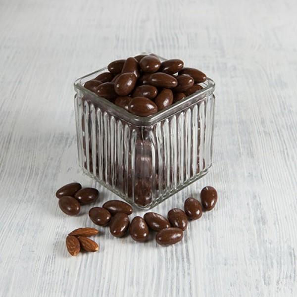 Миндаль в какао